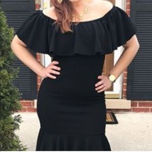 LuLaRoe Dresses - NWT Lularoe Black Off Shoulder Ruffle Cici Dress M